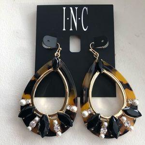 NWT INC teardrop shaped earrings/tortoise shell